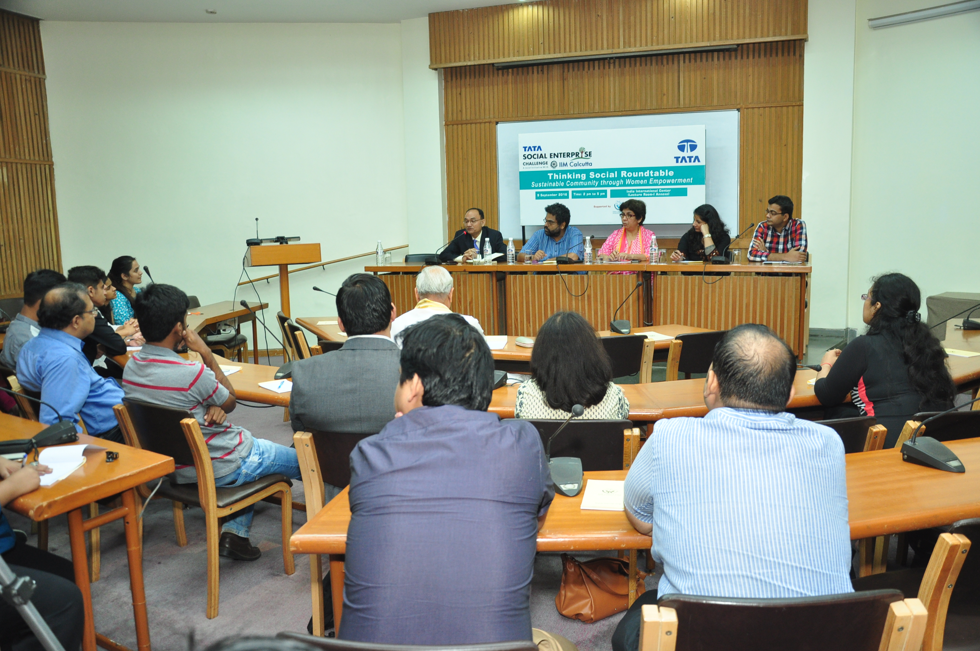 Thinking Social Roundtable – Delhi (9 September 2016)